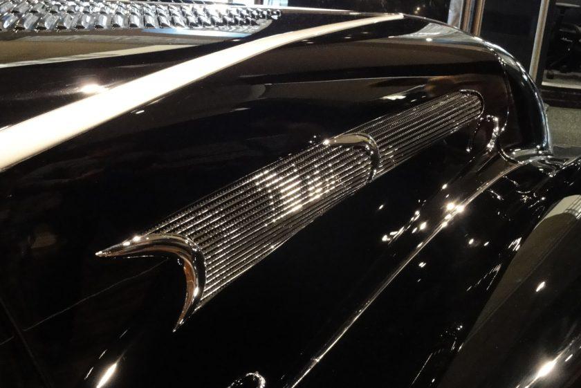 Sensuous Steel – Art Deco Automobiles